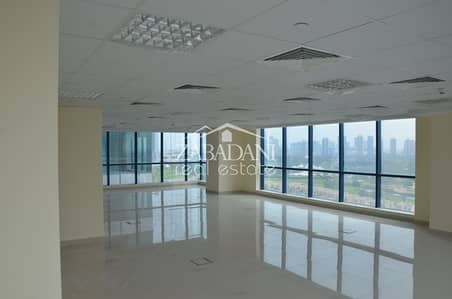 Beautiful panoramic views corner fitted office in X3