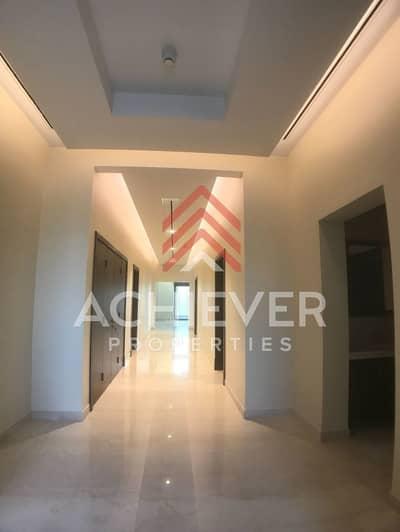 Stunning corner 5 bed Arabic style villa