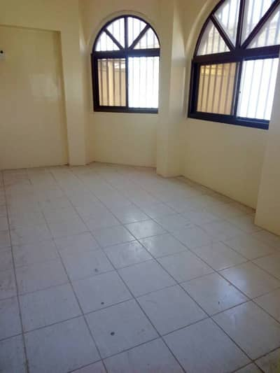 5bhk villa with 2hall with big open area only 70k in al mirgab sharjah
