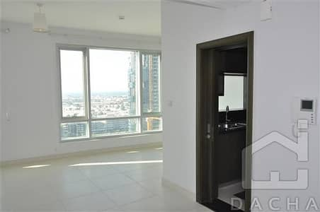 1 Bedroom Flat for Sale in Downtown Dubai, Dubai - Amazing Deal High Floor 1BR Lofts Central