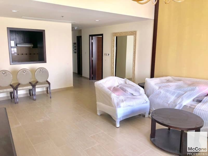 4 Exclusive   High Floor   1 Bed Available