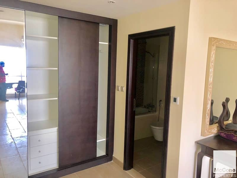 5 Exclusive   High Floor   1 Bed Available