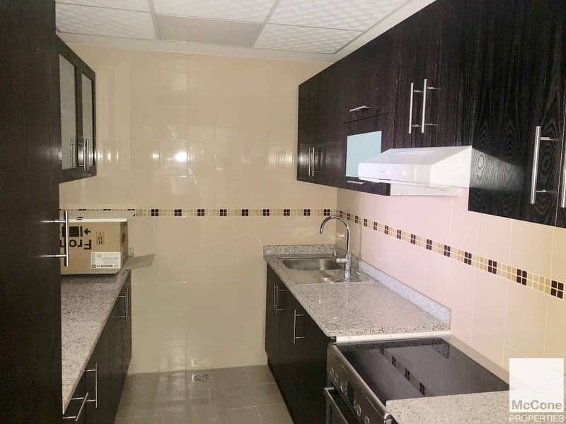 6 Exclusive   High Floor   1 Bed Available