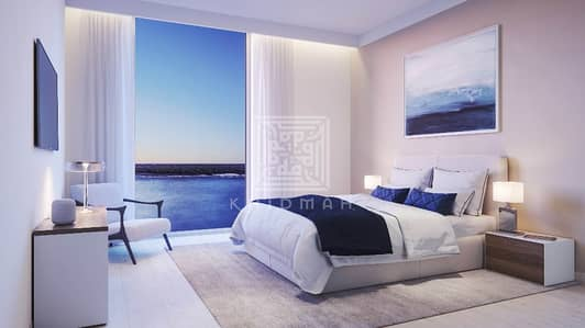 2 Bedroom Flat for Sale in Yas Island, Abu Dhabi - 2 BR Apartment in Water's Edge with big balcony and water front view