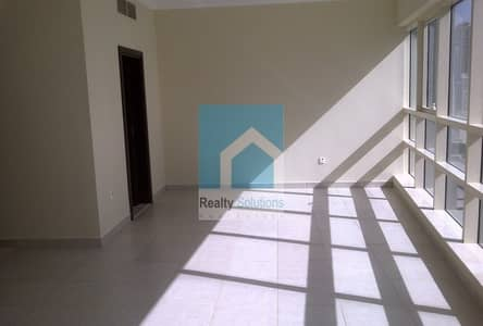 1 Bedroom Flat for Rent in Dubai Marina, Dubai - Well maintained & Spacious Apt with Marina View