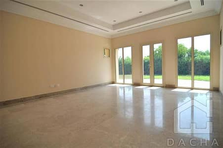 Exclusive / Best priced L1 / Full lake view / VIEW TODAY!