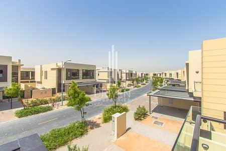 4 Bedroom Villa for Sale in DAMAC Hills (Akoya by DAMAC), Dubai - Amazing single row brand new 4 bed villa w/ garden