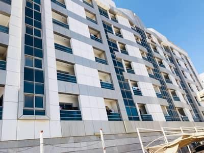 Showroom for Rent in Industrial Area, Sharjah - Show Room for Rent in Industrial Area 4