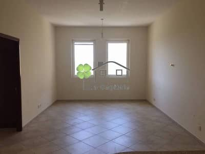 Exclusive 1 BR + Big Storage w/ Pool View in Motor City