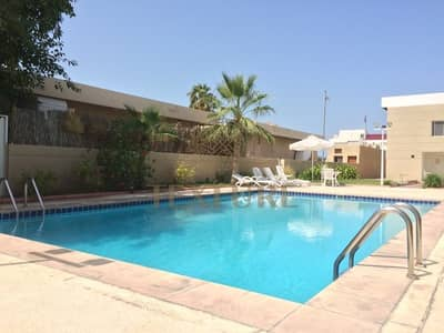 3 Bedroom Villa for Rent in Jumeirah, Dubai - Great family villa in heart of Jumeirah