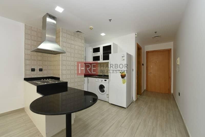 4 Luxurious Studio Apartment in Silicon Oasis