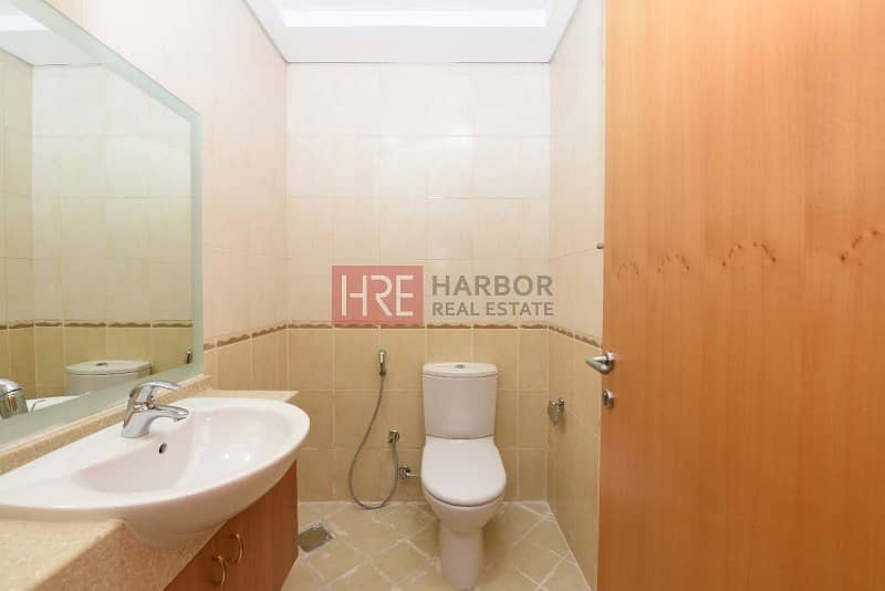 5 Upgraded 1BR Apartment in Silicon Oasis