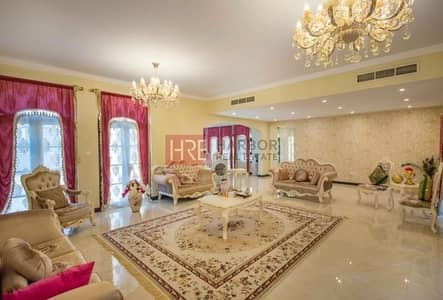 فیلا  للبيع في ذا فيلا، دبي - Corner 6BR Mallorca Villa + Study Room + Fabulous Garden!