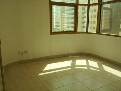 3 Bedroom Flat for Rent in Liwa Street, Abu Dhabi - Fabulous 3Br flat with maid room  at WTC Mall Area