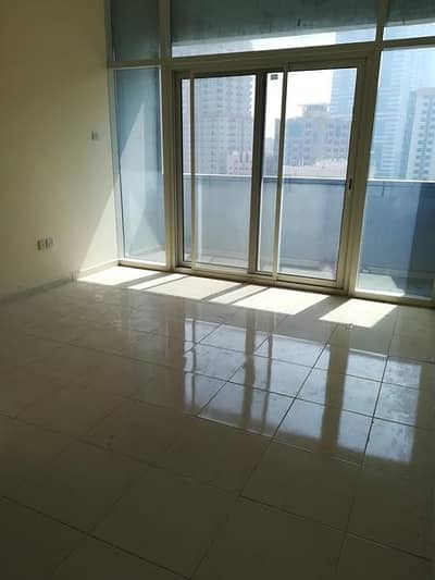No Deposit with New studio rent 20k 23k 24k 25k  only 6 cheques in al nahda shj area call shahbaz .