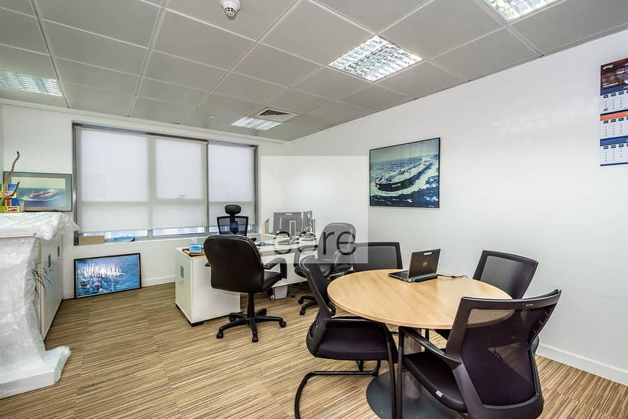2 Fitted office I High Floor I Freezone