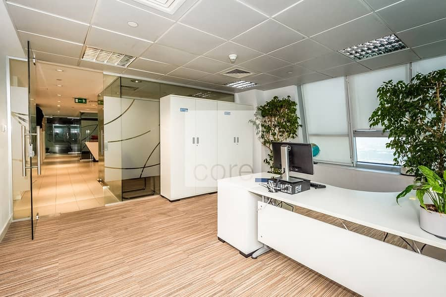 10 Fitted office I High Floor I Freezone