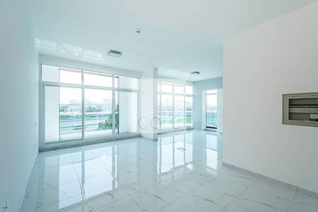 Office for Rent in Umm Suqeim, Dubai - Fitted offce in low floor vacant on rent