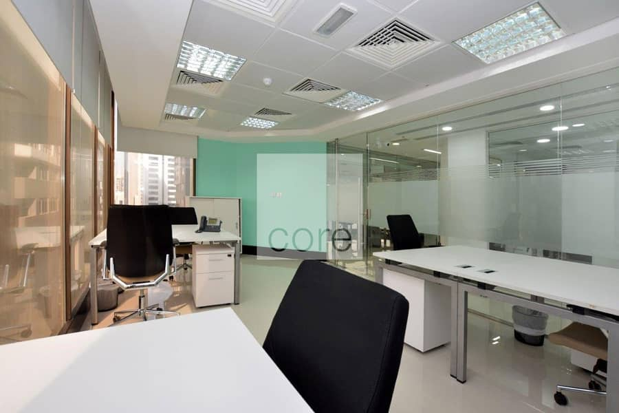 10 Fully serviced and furnished office / Hamdan