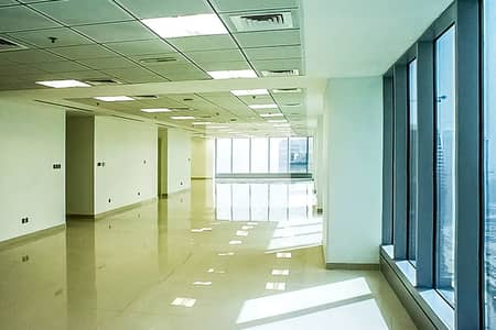 Fitted office with partitions in Saba 1