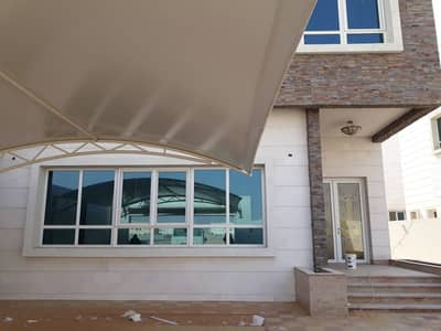 Super deluxe brand new villa for rent in Al Hoshi Area with 5 BHk