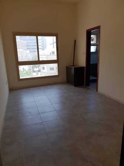 Studio for Rent in Bur Dubai, Dubai - Bulk Studio Available for Staff Accommodation in Meena Baazar
