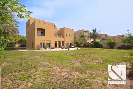 6 Bedroom Villa for Sale in Arabian Ranches, Dubai - Full Golf Course View | Vacant On Transfer