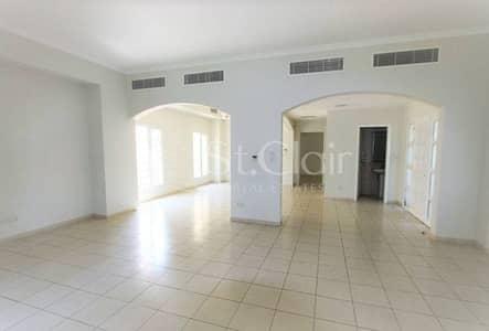 Best Priced Huge Plot Villa for Sale in Meadows 9