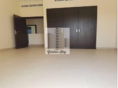 3 Bedroom Villa for Sale in International City, Dubai - Spacious  Warsan Villa 3 Large Bed for Sale
