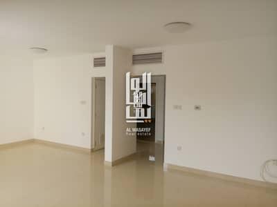 3 BR Fully Renovated Villa In Jumeirah 3!