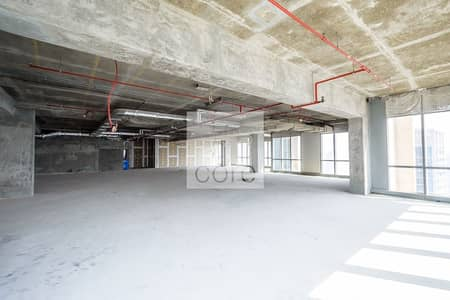 Office for Rent in Dubai Marina, Dubai - Spacious corner office with marina view