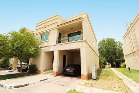 2 Bedroom Villa for Sale in Abu Dhabi Gate City (Officers City), Abu Dhabi - Perfect 2BR Villa in Abu Dhabi Gate City