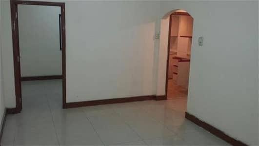 فلیٹ 2 غرفة نوم للايجار في ديرة، دبي - شقة في شارع المكتوم ديرة 2 غرف 75000 درهم - 3382397