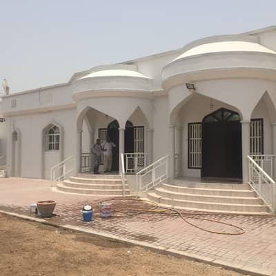 4 Bedroom Villa for Rent in Al Azra, Sharjah - villa in al-azra