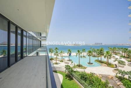 بنتهاوس 3 غرفة نوم للبيع في نخلة جميرا، دبي - Beachfront Penthouse | Panoramic Sea View