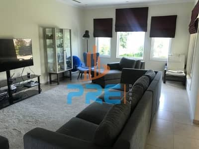 3 Bedroom Villa for Sale in Jumeirah Park, Dubai - Opposite in School and Pavilion. Corner Villa for Sale