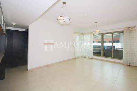 1 Bedroom Apartment for Sale in Dubai Marina, Dubai - Vacant 1BR Near Metro / Tram Al Majara 2