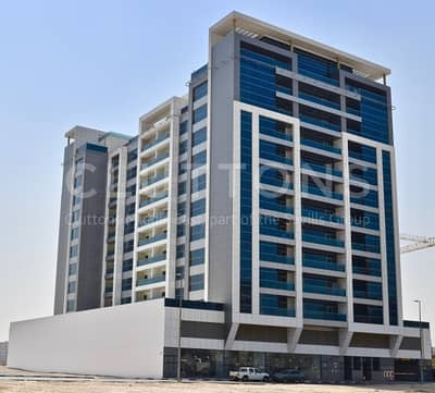 Shop for Rent in Nad Al Hamar, Dubai - Superb Frontage Retail Units within Quality Buildings