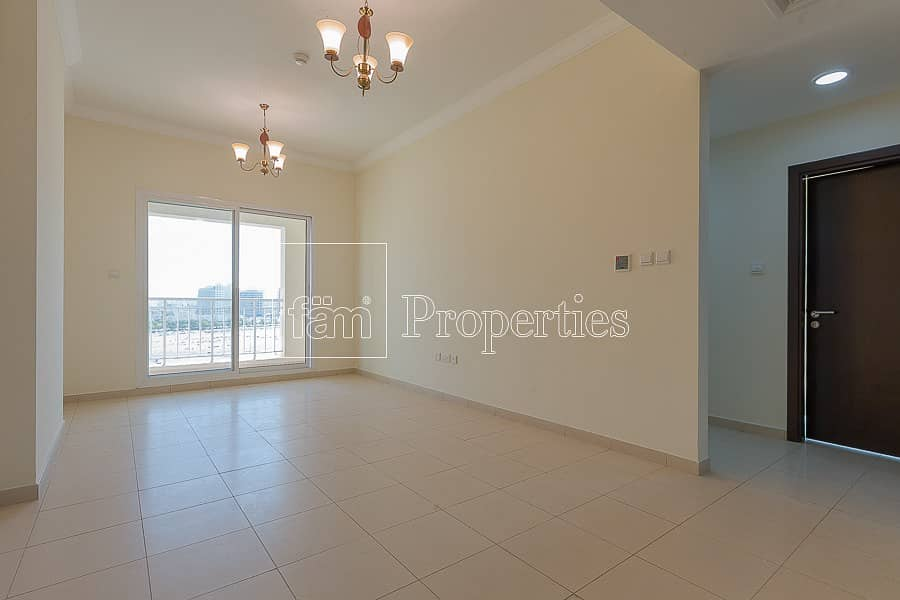 2 Spacious 2 Bedroom Apt with an Open View