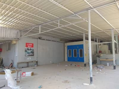 Shop for Rent in Al Quoz, Dubai - Fully Equipped Garage in Al Quoz Main Road near times square