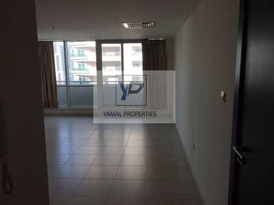 1 Bedroom Apartment for Rent in Dubai Marina, Dubai - Amazing High Floor 1 BR in Al Maraja 1!!