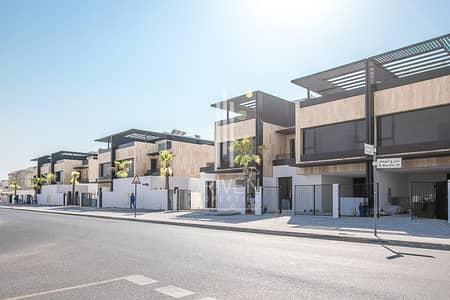 3 Bedroom Villa for Rent in Umm Suqeim, Dubai - Contemporary Townhouse | 3+M | Corner Plot