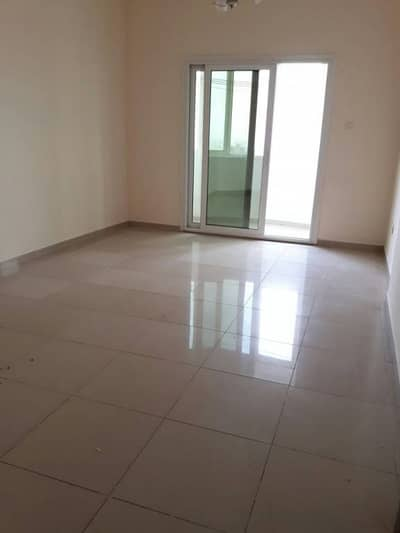 1bhk Apartment, 12 Cheques, Rent 30k only Near Bus stop, in al Nahda area.