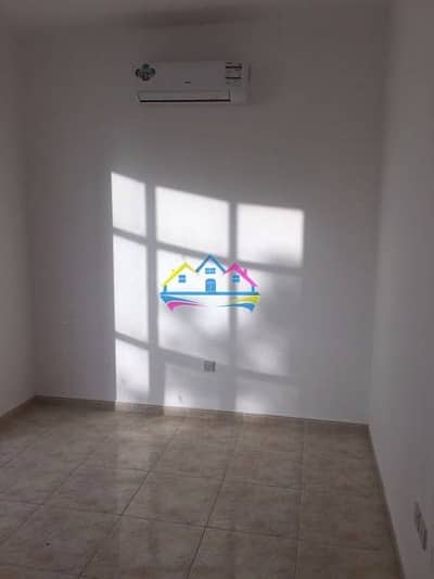 Description 0% Commission ! Direct from Owner ! 1 big Bedroom with living room