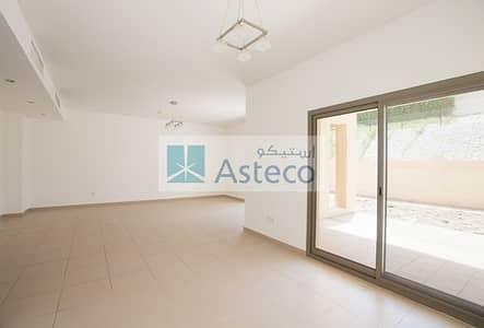 3 Bedroom Villa for Rent in Jebel Ali, Dubai - Spacious 3 bedroom villa with maids room and swimming pool/ Grden View Villa