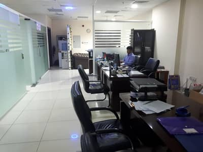Studio for Rent in Bur Dubai, Dubai - KNOCK KNOCK, GOOD LOOKING OFFIClE WAITING FOR YOU ONLY  47k. .
