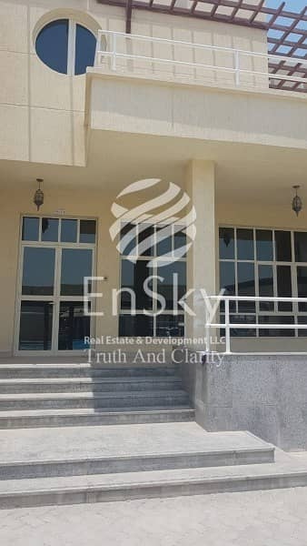 5 Bedroom Villa for Rent in Shakhbout City (Khalifa City B), Abu Dhabi - Spacious 5 Bedroom Villa In Shakhbout city Available!