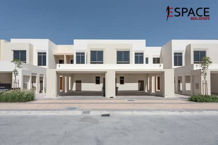3 Bedroom Villa for Sale in Town Square, Dubai - Walking Distance from the Pool   Type 5
