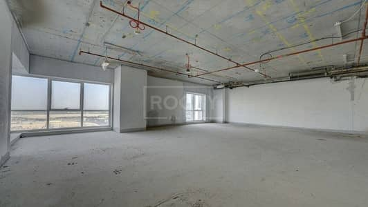 Office for Sale in Sheikh Zayed Road, Dubai - Full Sheikh Zayed Road View Office Space