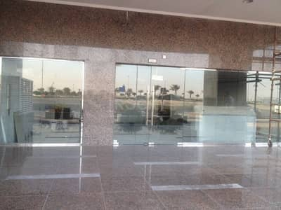 Shop for Rent in Business Bay, Dubai - Shell and Core Retail Space in ART Tower XV